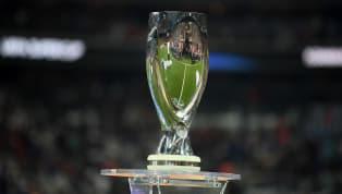 1973'te, dönemin Şampiyon Kulüpler Kupası şampiyonu ile Kupa Galipleri Kupası şampiyonunu karşı karşıya getiren, 2 ayaklı final olan UEFA Süper Kupası,...