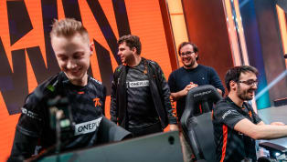 Fnatic defeated Splyce on Friday to advance to the quarterfinals of the League of Legends European Championship spring split. Fnatic took the first game in...