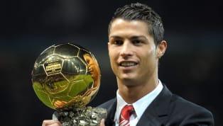 2008 yılında, o dönem Manchester United forması giyen Cristiano Ronaldo, dünyada yılın en iyi futbolcusu ödülüne verilen Ballon d'Or'u kazandı. Sonraki...
