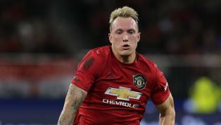 Hadirnya Harry Maguire ke Manchester Uniteddi musim 2019/20 ini membuat Phil Jones selalu dikesampingkan oleh Ole Gunnar Solskjaer lantaran menduetkannya...