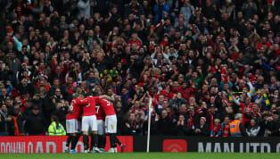 Proche de l'exploit, Manchester United s'est fait rejoindre en toutefin de rencontre par son ennemi juré. De son côté,Liverpool laisse échapper ses...