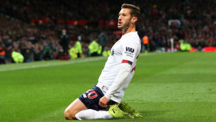 ​Liverpool are prepared to offer midfielder Adam Lallana a new short-term contract extension, but they still fear he could walk away for free at the end of...