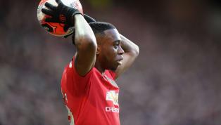 Tiền vệWilfried Zaha lên tiếng khen ngợi người đồng đội cũAaron Wan-Bissaka của mình. KhiAaron Wan-Bissaka gia nhậpMan United, anh nhận phải những ánh...