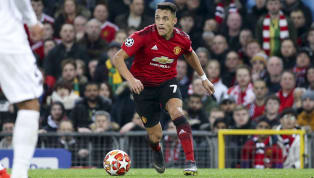 Manchester United forward Alexis Sánchez suffered a knee injury during their 2-0 defeat to Paris Saint-Germain on Tuesday after colliding with a linesman...