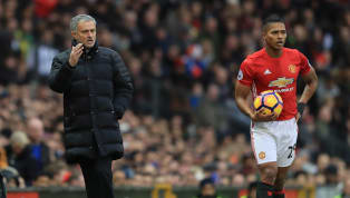 La parte roja de Manchester se ha convertido en la casa de los líos en este inicio de temporada. Al mal inicio de temporada se une la pésima relación que...