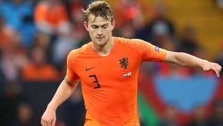 El futuro del central del Ajax aún no está claro y desde Mundo Deportivo señalan que tuvo un encuentro con el central del FC Barcelona lo que le sitúa de...