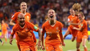 ทีมฟุตบอลหญิงทีมชาติเนเธอร์แลนด์ กรุยทางสู่นัดชิงชนะเลิศฟุตบอลโลกหญิง2019 สำเร็จเมื่อเอาชนะ สวีเดน ในช่วงต่อเวลาพิเศษ 1-0 จากประตูโทนของ แจ็คกี้ โกรเอเนน...