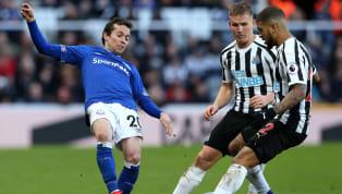 İngiltere Premier Lig'in 30.haftasında Everton, 2-0 öne geçtiği karşılaşmada Newcastle United'a deplasmanda 3-2 mağlup oldu. Maça yedek kulübesinde başlayan...