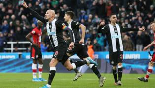 İngiltere Premier Lig'in 16. haftasında kendi evindeki randevuda Newcastle United, Southampton'ı 2-1 mağlup etti. Ev sahibi ekibin golleri; 68. dakikada...