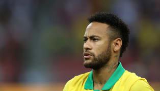Avant de faire le forcing pour retrouver le FC Barcelone, Neymar s'était bien rapproché de plusieurs stars du Real Madrid, d'après le journal Marca....