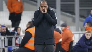 Thierry Henry était très énervé contre la VAR suite à la défaite del'AS Monacoface à Strasbourg (5-1), l'arbitrage vidéo ayant subi une panne lors d'une...