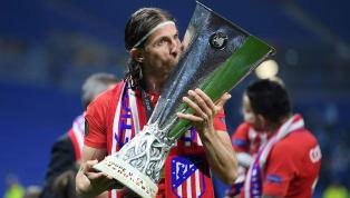 Después de defender la camiseta rojiblanca durante ocho temporadas, Filipe Luis abandona elAtlético de Madrid, el club de su vida, y ha reconocido...