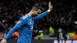 Présent dans les travées du Bernabeu lors du Clasico entre le Real Madrid et le FC Barcelone, Cristiano Ronaldo a reçu un vibrant hommage des supporters...