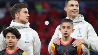 Beim Champions-League-Gastspiel der Alten DameJuventus Turinin Lyon kam es zum Ende der Halbzeitpause, als die Spieler schon wieder im Stadiontunnel auf...