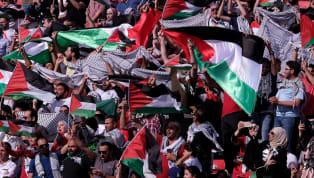 Ülkemizde çok fazla takip edilmeyen hatta televizyondan da canlı takip edemediğimiz Asya Kupası'nda B Grup'ta yer alan Filistin Milli Takımı'nda 4 İsrailli...