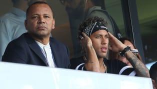 Depuis son arrivée au Paris Saint-Germain, Neymar fait l'objet de plusieurs rumeurs de départ notamment un retour au FC Barcelone. À ce sujet, le père de la...