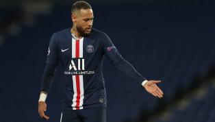 Alors qu'il est souvent apparu en train de s'amuserdepuis le début du confinement, Neymar a assuré qu'il continuait de s'entraîner dur pour la reprise avec...