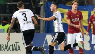 İtalya Serie A'nın 12. hafta mücadelesinde Roma, deplasmanda Parma'ya 2-0 mağlup oldu. Ev sahibiekibe galibiyeti getiren golleri; 68. dakikada Mattia...