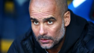 Contre Crystal Palace (2-0), l'entraîneur mancunien a bluffé son monde en alignant une défense centrale... composée des milieux de terrain Rodri et...