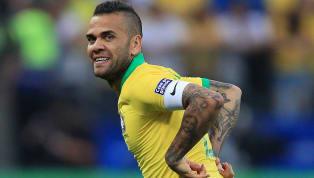 Brezilya futbolunun en önemli oyuncularından biri olan ve 2 sezondur Fransız devi PSG'nin formasını giyen deneyimli sağ kanat oyuncusuDani Alves, kulübüyle...