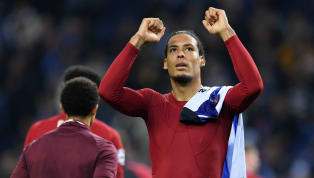 Bek Liverpool, Virgil van Dijk, mengomentari potensi duelnya melawan megabintang Barcelona, Lionel Messi, di semifinal Champions League. Van Dijk mengakui...