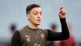 Fenerbahce belum menyerah gaet Mesut Ozil, tinggalkan Paris Saint-Germain, Dani Alves akan segera umumkan klub anyarnya, Atletico Madrid akan hukum Antoine...