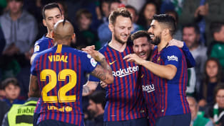 Tiền vệ Carles Alena mới đây vinh danh người đàn anh Lionel Messi là cầu thủ xuất sắc nhất hành tinh. Carles Alena: Messi is World No.1...