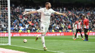 Real Madrid meraih kemenangan dengan skor telak 3-0 melawan Athletic Club Bilbao di pekan 33 La Liga, Minggu (21/4) malam WIB, di Santiago Bernabeu. Karim...