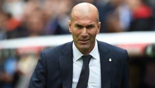 HLVZinedine Zidane cho biết, với ông thì cậu học trò Karim Benzema chính là Tiền đạo xuất sắc nhất thế giới. Đêm qua, Karim Benzema tỏa sáng trong chiến...