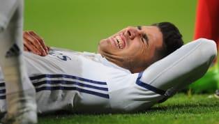 Ha sido un largo camino pero Asensio ya da sus primeros pasos. Apoyado de una muleta, el joven jugador delReal Madridha subido un vídeo a las redes...