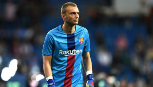 Hanya tinggal masalah waktu sebelum Jasper Cillessen hengkang dari klub yang sudah diperkuatnya dari 2016, Barcelona. Kabarnya, penjaga gawang berusia 30...