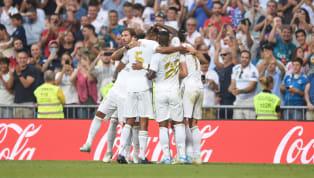 Tiền vệVinicius vừa mới đón nhận những lời khen ngợi từ người đàn anhCasemiro. Vinicius được coi là tương lai củaReal Madrid, anh đã có những màn trình...