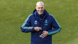 Zinedine Zidane y Josep Guardiola eran dos jugadores de centro del campo. A los dos les gustaba tener el balón, pero después lo trataban de forma muy...