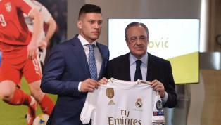 Após dois anos de janelas tímidas, apostando em jovens promessas e na manutenção da base tricampeã europeia, o Real Madrid voltou com força total ao mercado...