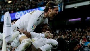 C'est le Real Madridqui s'impose dans ce clasico tant attendu! Les hommes de Zinedine Zidane prennent le dessus sur les Catalans sur le score de 2 buts à...