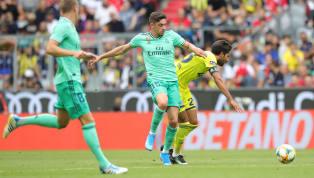 Gelandang muda Real Madrid, Federico Valverde, menanggapi isu transfer Neymar dan Paul Pogba. Valverde mengaku tidak terlalu memedulikan isu transfer itu dan...