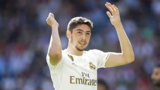 Gelandang Real Madrid, Federico Valverde, mendapatkan pujian selangit dari publik dan media setelah tampil bagus saat melawan Granada. Menanggapi euforia...