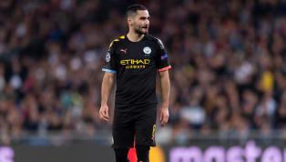 Internacional con Alemania y miembro de equiposcomo el Borussia Dortmund o el Manchester City, Ilkay Gündogan puede presumir de haber jugado con y contra...
