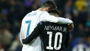 Los jugadores de fútbol tienen distintas trayectorias, algunos visten pocas camisetas y otros más, los más prometedores en su momento o las estrellas...