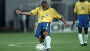 ​One of the greatest footballers in history, Roberto Carlos has attempted to recreate that same insane free-kick he scored for Brazil against France in 1997....