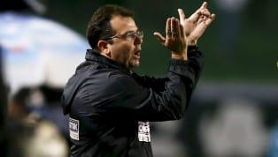 O futebol brasileiro surpreende mesmo sem bola rolando. Às 23h55 dessa terça-feira, oCearáanunciou a saída de Enderson Moreira. O técnico pediu...