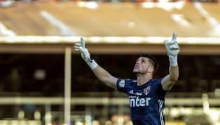 Ele não é Rogério Ceni, mas vive grande fase no São Paulo. Contratado no início da temporada para ser o novo goleiro titular do Tricolor, Tiago Volpi...