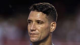 O meia Thiago Neves é um jogador que vive de bem com a torcida do Cruzeiro. Desde que chegou, o meia cativou a nação estrelada com o seu bom futebol e também...