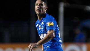 Thiago Neves e torcida do Cruzeiro, realmente, estão em lados opostos. Enquanto as arquibancadas enxergam no meia um dos responsáveis diretos por gerar uma...