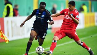DerFC Schalke 04hat wie erwartet Bernard Tekpetey vomSC Paderborn 07zurückgeholt. Per Rückkaufklausel wechselt der Angreifer vom Bundesliga-Aufsteiger...