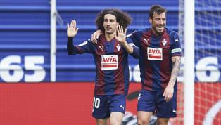 Cucurella salió cedido el pasado verano a la SD Eibar. Ernesto Valverde, tras analizar tanto al futbolista como a Fran Miranda, decidió quedarse con este...