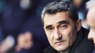 Alors qu'Antoine Griezmann se rapproche un peu plus du Barca, les dirigeants blaugranas sont toujours en quête d'un avant-centre pour suppléer Luis Suarez....