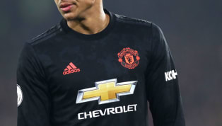 Updated 26/11/2019 -  Reports this week suggest Manchester United are close to agreeing a world-record €80m-a-year kit sponsorship deal with ​Chinese consumer...