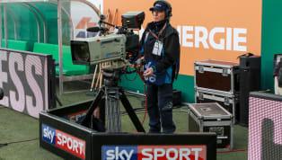 Die Spielpause aufgrund der Corona-Pandemie trifft nicht nur die Vereine und Fans, sondern auch die TV-Anbieter hart. Mit unterschiedlichen Mitteln und...