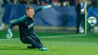 Auteur de plusieurs parades décisives face au Slavia Prague, mercredi soir en Ligue des Champions, Ter Stegen à une nouvelle fois enflammé les réseaux...